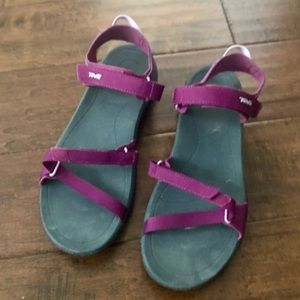 Purple Teva Verra. Size 10. Worn once.